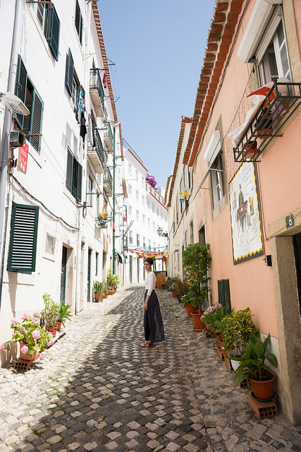 travel guide to Lisbon Portugal with vegetarian vegan food recommendations