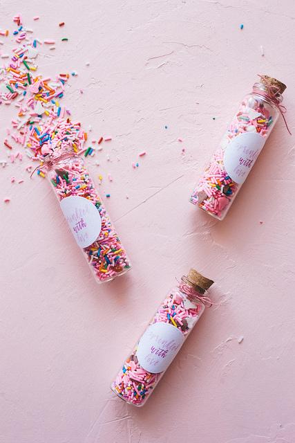 DIY Sprinkle Favours for Bridal Shower